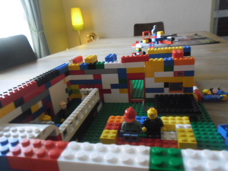 Front cover Lego fav obj
